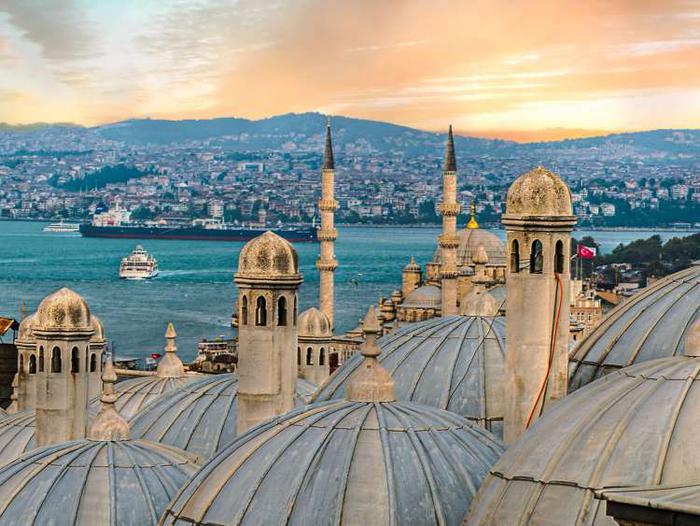 Perché Istanbul ricordi di Ahmet Ümit edito Ronzani Editore