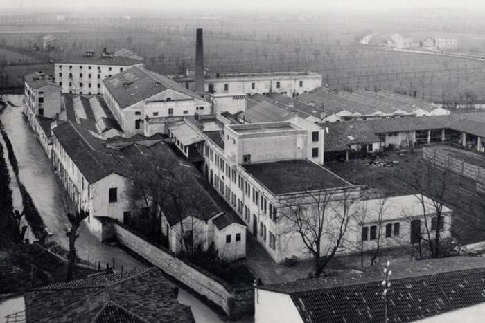 Lo scudetto dei diritti in fabbrica. Storia del CotoRossi di Vicenza
